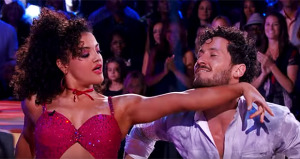 """Laurie Hernández conquista """"Dancing With The Stars"""" (Vídeo)"""